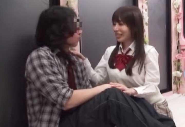 童貞を誘惑する桜井彩